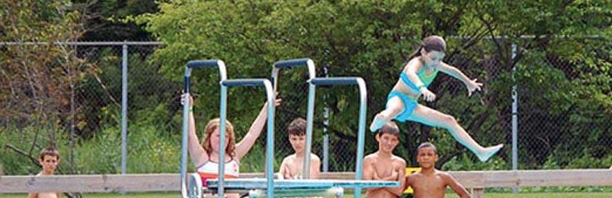Sprayfari Aquatic Park Diver